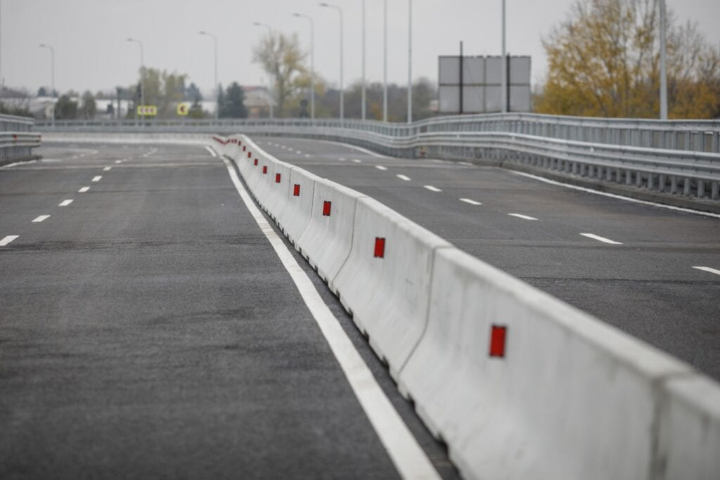 Read more on Pros and Cons of Precast Concrete Barriers